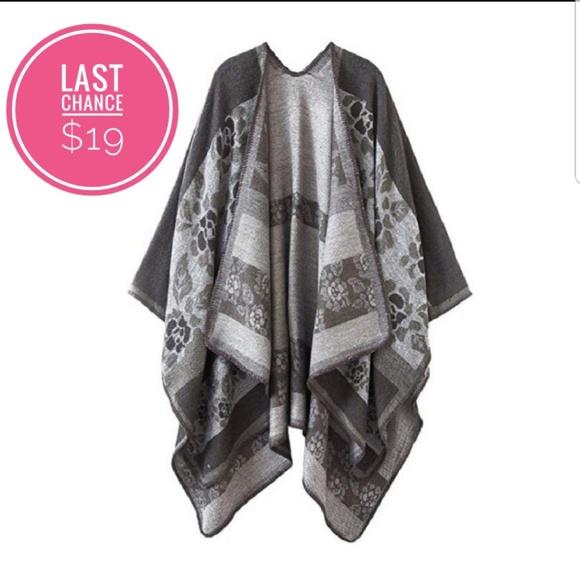 66fc36f97ffd8 Women s Shall Poncho One Size (grey)